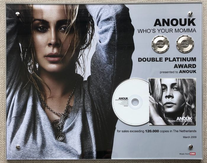 Anouk - Who's Your Momma - Official award - 2009/2009