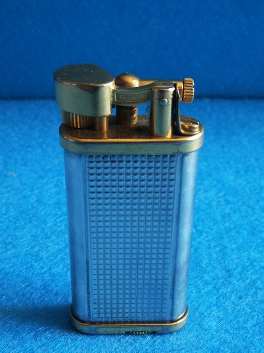 Dunhill - Pocket lighter - Collection of 1