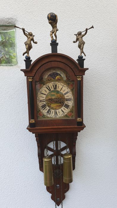 Wall clock - Wood, Oak - 20th century