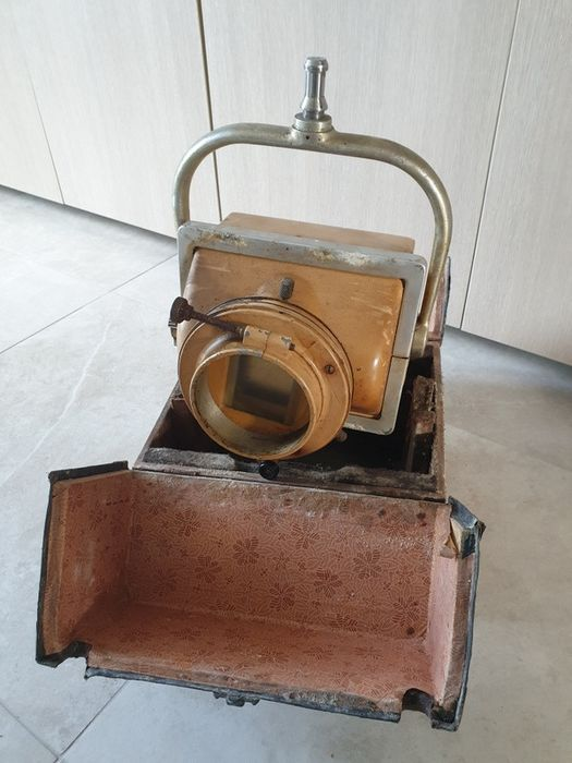 C.G.R/Levy webt - Rare portable radiology / radiography device - Iron (cast/wrought)