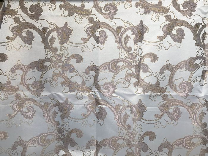 2.80 x 2.70 m - cream white damask fabric with dove gray ramages finished in gold - Cotton, Resin/Polyester - Late 20th century