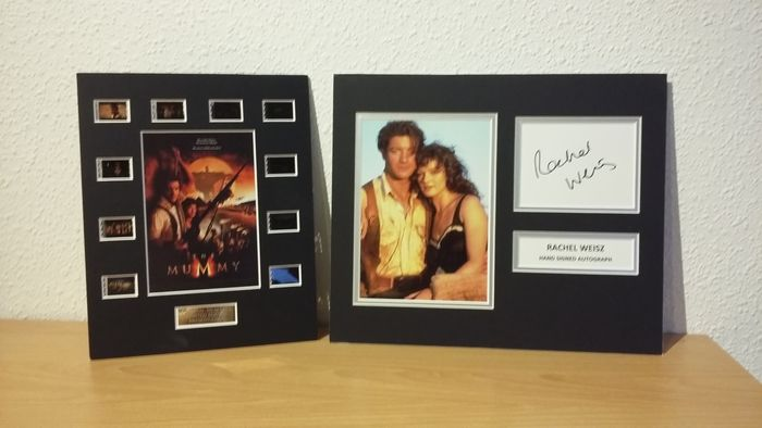 The Mummy (1999) - Lot of 2 - Rachel Weisz Signed, Mounted Photo & Film Cell Display - Handtekening, with Coa