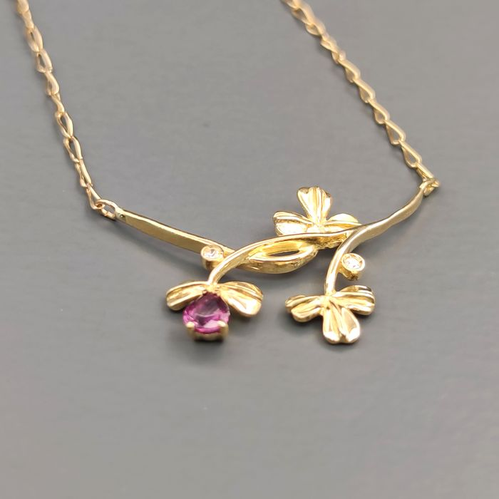 18 kt. Yellow gold - Necklace - 0.20 ct Ruby - Diamond