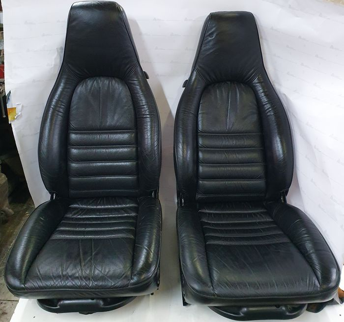 .- - Porsche 911  2.7 or 3.0  matching pair of front seats - electric operated - Porsche - 1970-1980