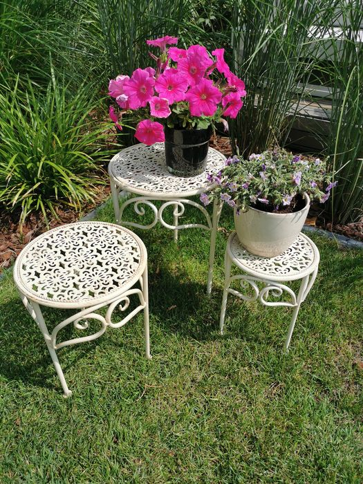 Flower tables (3) - Iron (cast/wrought) - recent