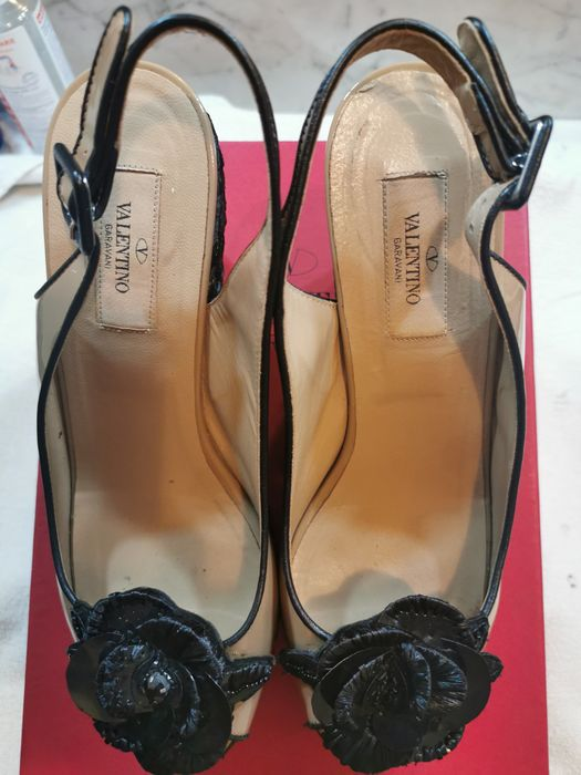 Valentino Open-toe shoes - Size: IT 39.5