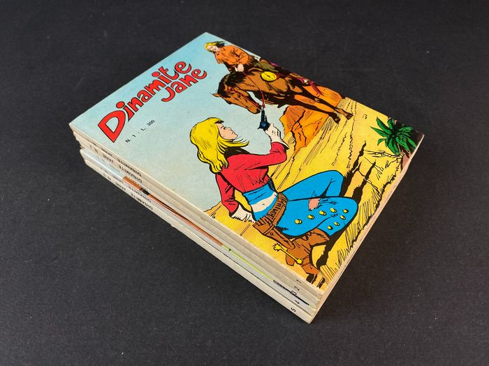 Dinamite Jane nn. 1/5 - Serie completa - Trade Paperback - First edition - (1976)