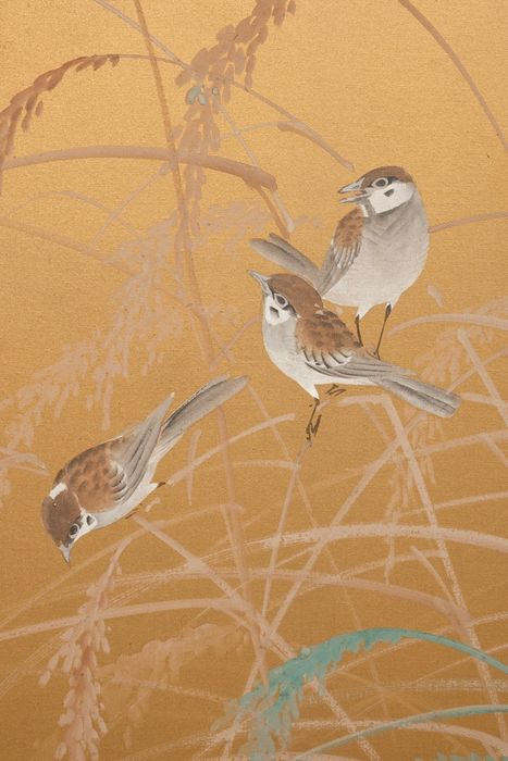 Folding screen - painting on silk -  subtle but still dynamic painting of many chidori birds or plovers against a golden silk background - Japan - Taisho - Early Showa period