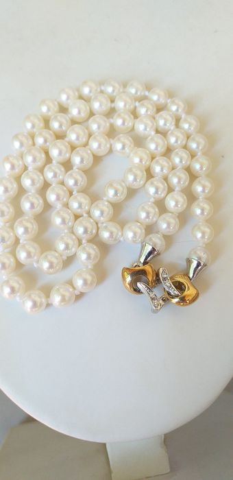 18 kt. Akoya pearl, Gold, 6.5 mm Double-face closure with Diamonds 0.08 ct - Necklace