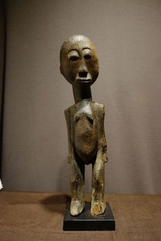 Figure - Wood - Bateba Phuwe- Provenance Jan Kusters - Lobi - Burkina Faso