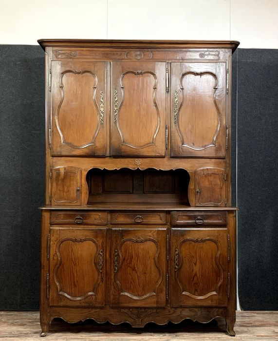 Large Louis XV period buffet - Lorraine region - Oak - Mid 18th century