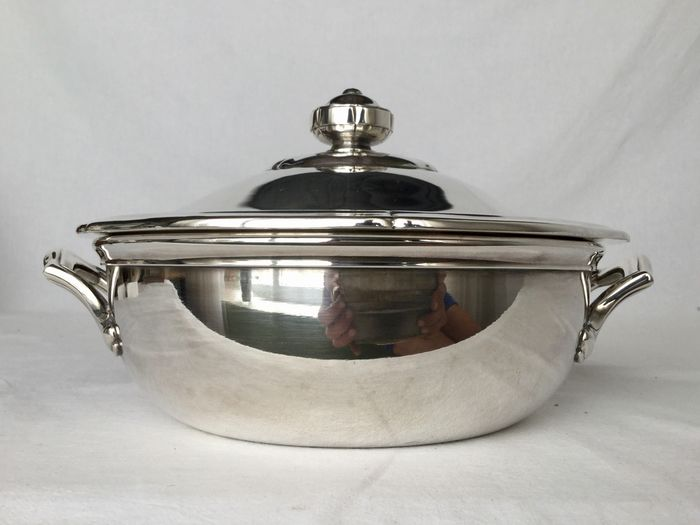 Ercuis France - Beautiful silver plated Légumier bowl with lid - Silver-plated metal