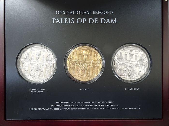 The Netherlands - 3 Penningen 2017 - High Reliëf - 2017 Paleis op de Dam in luxe cassette - Gilded, silver-Plated and platinum plated
