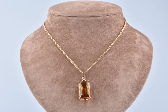 18 kt. Yellow gold - Necklace with pendant - 34.35 ct Citrine