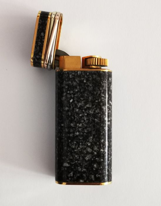 Cartier - Gold lacquered Cartier lighter from China - 1