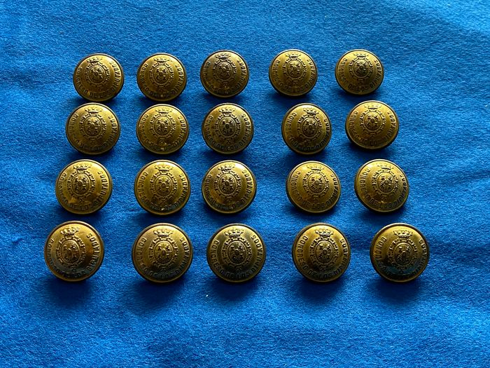 Spain - Buttons