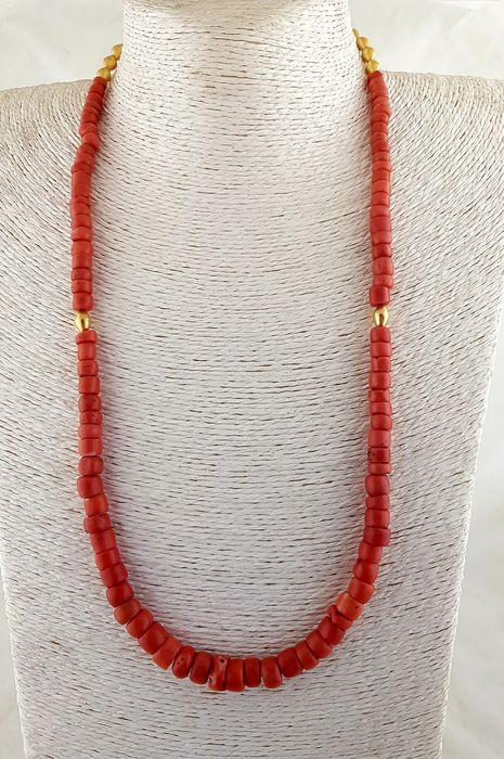 Necklace (1) - Coral, Gold 22 kt - India
