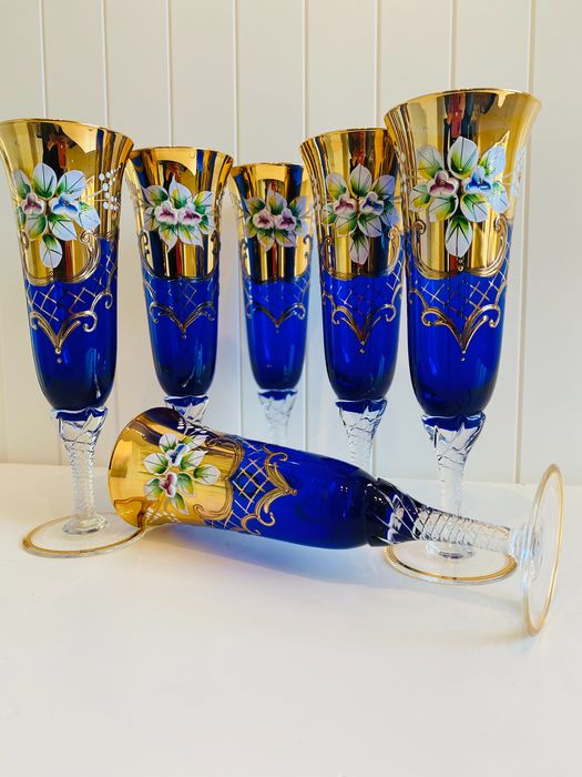 Handmade Czech Luxury Bohemia Crystal Champagne glasses with floral motif