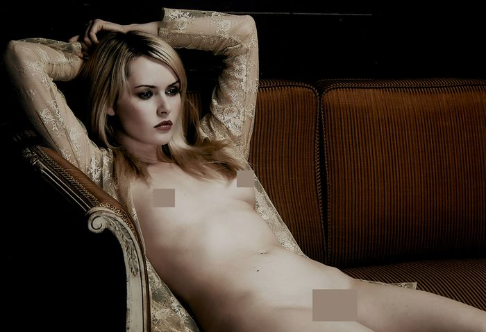 Spiros Politis (1969-) - 'Nude on Couch', 2014