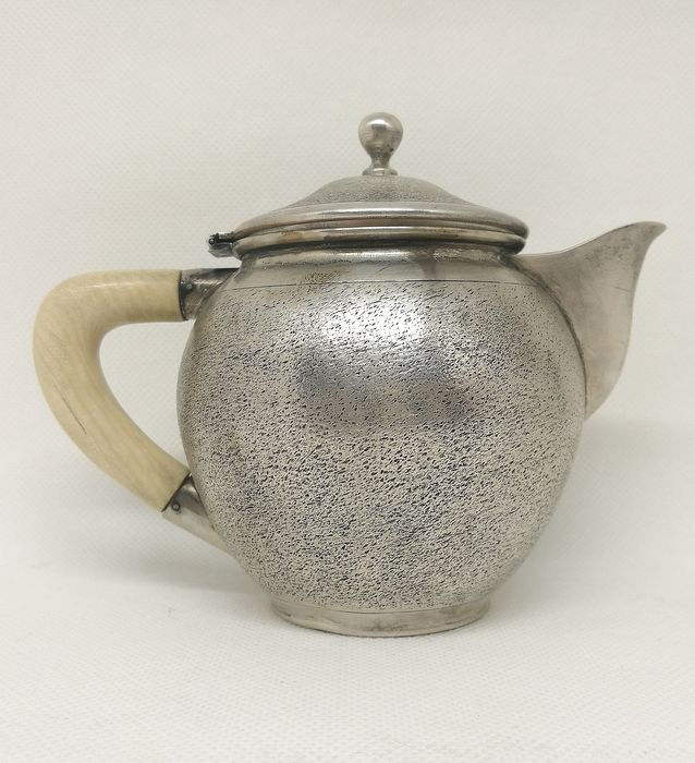 Teapot (1) - .800 silver - Italy - Mid 20th century