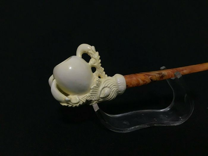 Eagle Claw Meerschaum Pipe hand carved - Pipe - Collectibles