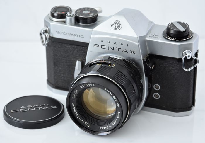 Asahi 1964  ASAHI  Pentax  'Spotmatic' 35mm SLR Camera.
