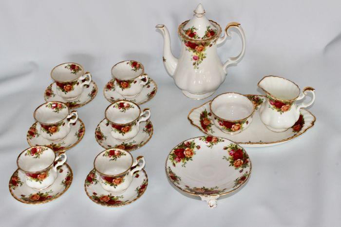 "Royal Albert England - thee en of koffie servies ""Old Country Rose"" (18) - Romantisch - Porselein"