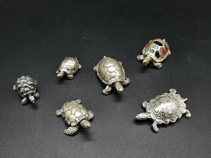 Turtles miniatures (6) - .800 silver - Italy - Mid 20th century