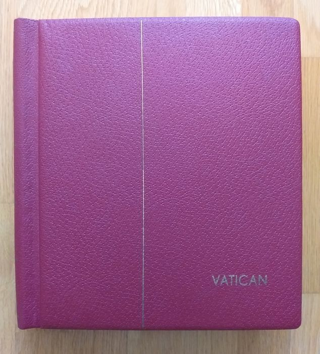 Vatican City 1931/1993 - Collection in album and on Leuchtturm pages with airmail, express, postal parcels and miniature sheets (97% **)