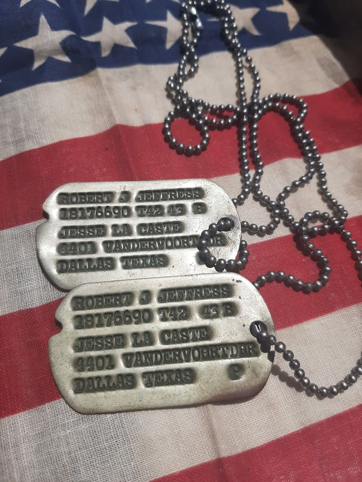 United States of America - WW2 Set of Early Dogtags - Airborne - Infantry - with research! - 1942