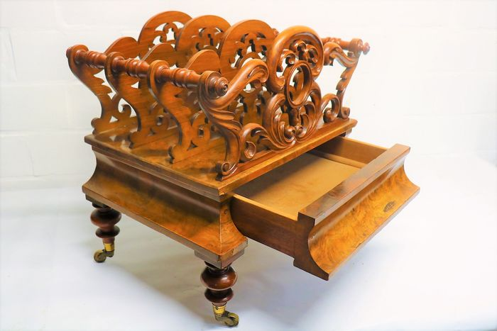 Newspaper holder with drawer - Lecture stand - Rococo Style