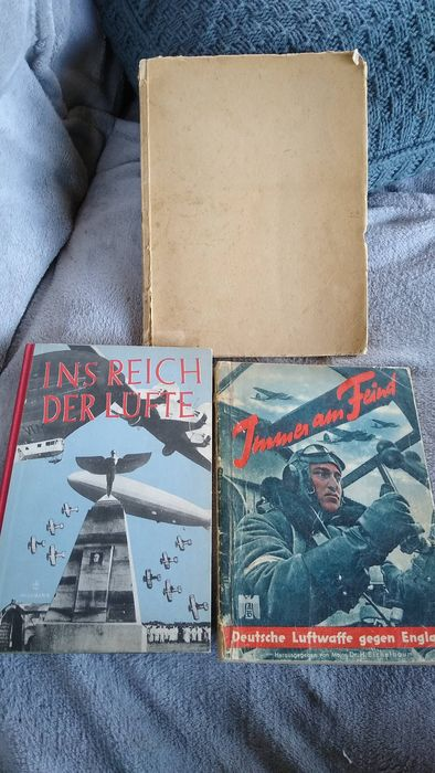 Germany - Book, Mixed lot of 3 books German Luftwaffe. Many pictures. - 1939