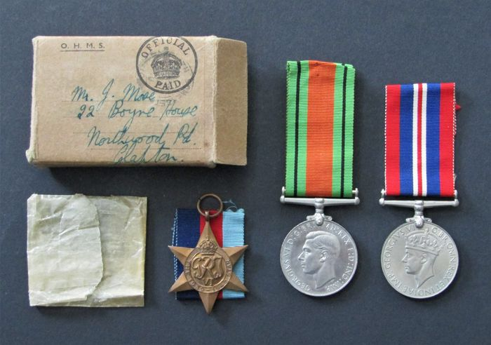 United Kingdom - War -, Defence - Medal and Star 1939-1945 - Medal