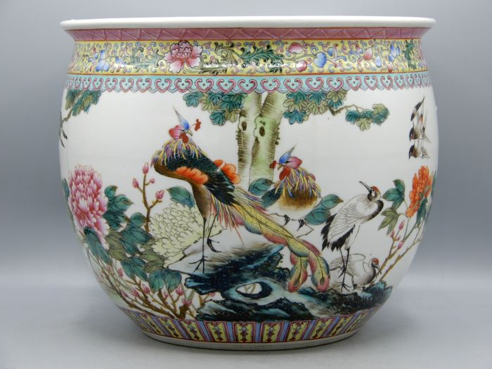 Very finely painted porcelain planter with birds decor - Porcelain - China - Mid 20th century