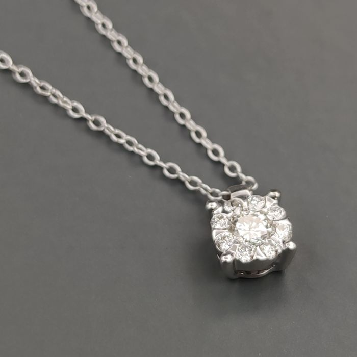 Salvini - 18 kt. White gold - Necklace with pendant - 0.14 ct Diamond