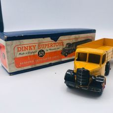 Dinky Toys - 1:43 - Bedford articulated Lorry N°521