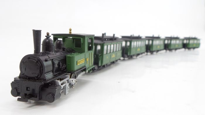 Liliput H0e - 739 - Passenger carriage, Tender locomotive - 6-piece narrow gauge set with locomotive and 5 carriages - Waldenburgerbahn