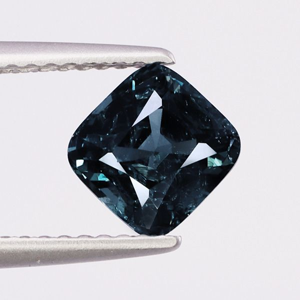 1 pcs Gray-Blue Spinel - 1.56 ct