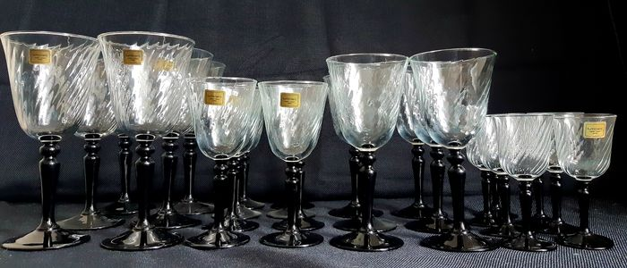 Cristal d'Arques - Wine Set Black Stem - Kristal
