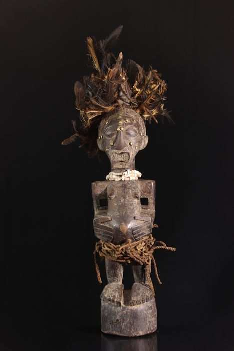 Ancestor statue (1) - Beads, Cord, Feathers, Wood - Songye - Central Africa