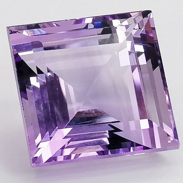 Amethyst Rose of France - 21.15 ct