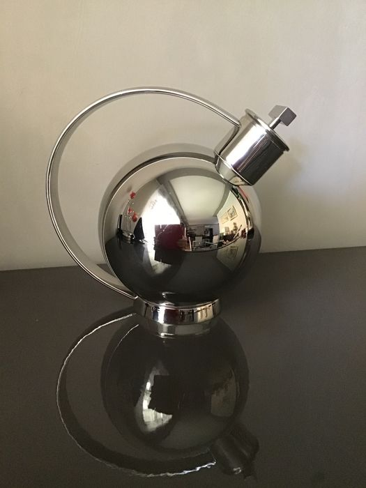 Sylvia Stave - Alessi - Cocktail shaker