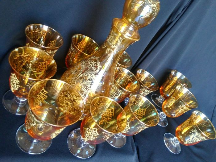 Marcello Pecchioli - Dinner set, serving of water and wine glasses (13)