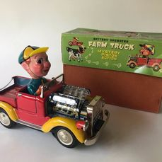 Toy Nomura - Battery Operated tin toy - A36 -  T.N - SHOWA - Voiture Farm Truck met Mistery piston action - 1960-1969 - Japon