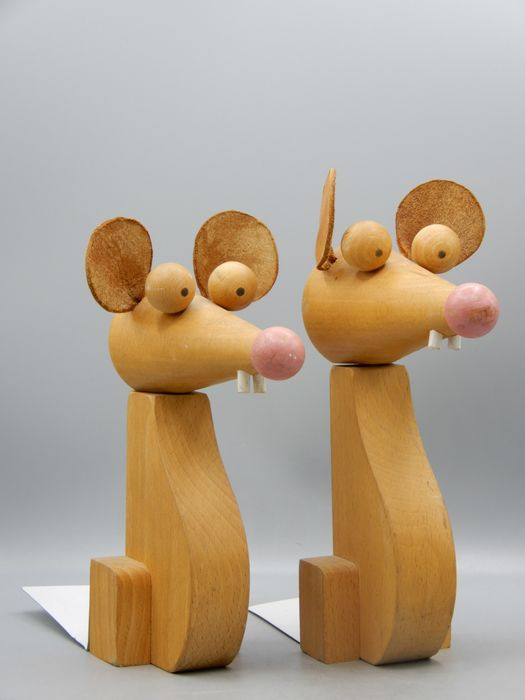 Chez Gepetto  - Set of mouse bookends