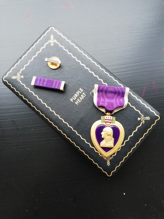 United States of America - Complete Purple Heart Medal Set - 1943
