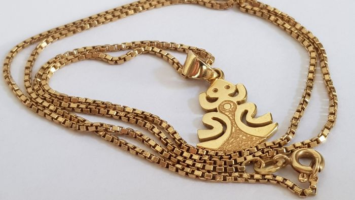 Gold - Necklace with pendant