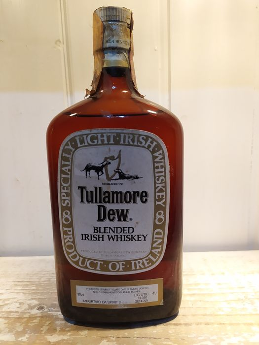 Tullamore Dew Light Irish - b. Década de 1960 - 75 cl