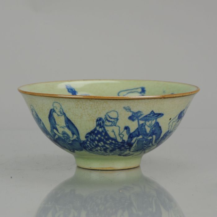 碗 - 瓷器 - Chinese porcelain celadon crackle 8 immortals Marked base - 中國 - 21世紀
