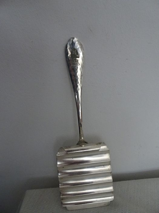 Asparagus Scoop - .800 silver - Germany - First half 20th century